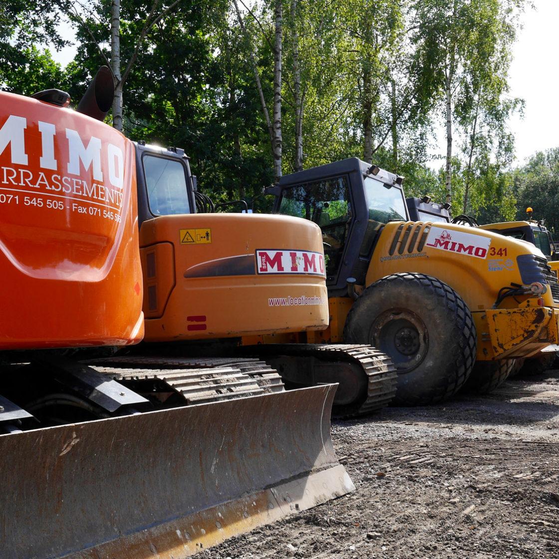 excavatrice et buldozer
